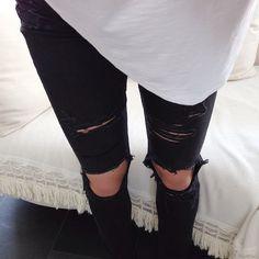 Black Ripped Skinnies
