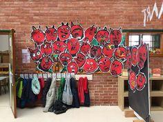 Sant antoni i... EL DIMONI Aa School, School Clubs, Advent, Ali, Diy And Crafts, Shower, Winter, Prints