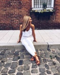 Light outfit. Summer outfit. Sandals. Cobblestone streets. Pinterest: pearlxoxoxo