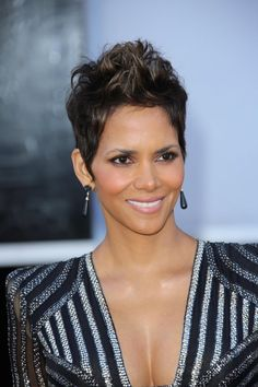 Halle Berry - celebrity hairstyles