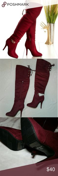 """NWT Burgundy thigh high boots Women's brand new with wrapping """"Forever"""" Burgundy thigh high boots with gold buckle detail. They lace up the back with gold rings. Inside zip closure. Soft suede fabric. Size 7 1/2"""". 26"""" tall with 4"""" heel. Beautiful!! Thanks for looking Bundle to save!! Forever Unique Shoes Over the Knee Boots"""