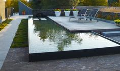 Modern/clean lines- Good use of small space: Tuinarchitectuur Broos BVBA Modern Landscaping, Outdoor Landscaping, Outdoor Gardens, Pond Design, Landscape Design, Garden Design, Pool Water Features, Water Features In The Garden, Modern Pools
