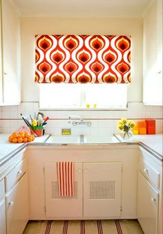 kitchen window curtain ...idea, not fabric #home #interior #women #beautiful #girl #love #happy