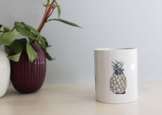 #pineapple #ananas #mug #illustration #drawing #ballpointpen Round Dining, Fine Dining, Ballpoint Pen, Outdoor Dining, Kitchen Dining, Pineapple, Planter Pots, Rustic, Drawings