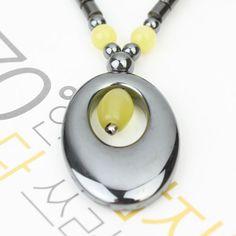 Un collier hématite noble jaune