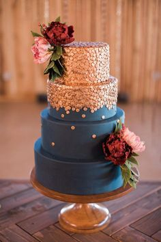 Copper topped navy wedding cake | Sweet Roots Photography Wedding Cake Roses, Floral Wedding Cakes, Amazing Wedding Cakes, Fall Wedding Cakes, Wedding Cake Designs, Metallic Wedding Cakes, Floral Cake, Autumn Wedding, Pretty Cakes