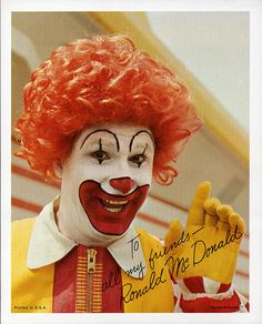 This was the Ronald McDonald photo card giveaway. It was given out to children by Ronald whenever he made personal appearances at McDonald's and other places. Notice the old red and white store in the background. Ronald Mcdonald Costume, Happy Halloween, Halloween Costumes, Clown Faces, Apple Watch Faces, Classic Monsters, Red Nosed Reindeer, Monster Party, Character Costumes