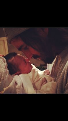 Could this BE any cuter?! Jake Owen