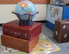 Going Places with a Journey-Themed Classroom. LOVE this idea for a classroom! 5th Grade Classroom, Classroom Setup, Classroom Design, Future Classroom, School Classroom, Classroom Organization, History Classroom, Classroom Images, Classroom Management