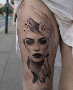 I like this face for an athena tattoo Dainty Tattoos, Dope Tattoos, Dream Tattoos, Body Art Tattoos, Athena Tattoo, Aphrodite Tattoo, Girl Face Tattoo, Girl Face Drawing, Mirror Tattoos