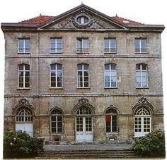 Google Image Result for http://fr.topic-topos.com/image-bd/france/94/chateau-de-madame-de-pompadour-chevilly-larue.jpg