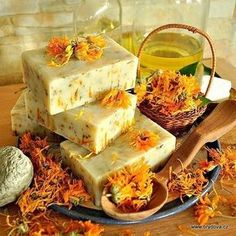 Soap Melt And Pour, Nordic Interior, Natural Cosmetics, Home Made Soap, Soap Making, Deodorant, Shea Butter, Diy And Crafts, Artisan