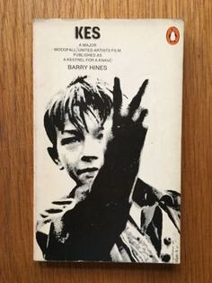 Kes - Hines, Barry Penguin, 1975 impression of this Penguin paperback edition in VG condition, please see pics, PayPal accepted, any questions please get in touch.