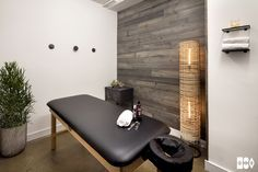 CLIENT: BESPOKE TREATMENTS, NYC for HOMEPOLISH DATE: 2015 DETAILS: INTERIOR DESIGN  This physical therapy studio on Madison Avenue deploys a material-based palette and minimal aesthetic.  Consisting of private treatment rooms, a reception lobby and an active therapy area, the studio sought a healthy, calm environment where clients could feel welcomed an a non-clinical interior.