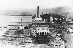 Launch of the SS Okanagan at Okanagan Landing, 1907 Vernon Bc, Canadian Pacific Railway, Paddle Boat, Steamboats, History Facts, Historical Photos, British Columbia, Vintage Photos, Landing