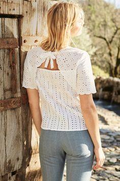 3698fbdf1 Shiloh Eyelet Top (White) – Short Sleeve – Amour Vert Navy Shorts, White