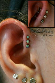 Three forward piercings newritual: Sorry for the GV and Iodine that got left behind, but this is a little too cool to not post. Three forward helix piercings by Victor VanOrden at Olde Line Tattoo in Hagerstown, MD. Jewelry by NeoMetal Opal, and Opals) Piercing Helix Avant, Piercing Tattoo, Helix Piercings, Triple Forward Helix Piercing, Front Helix Piercing, Ear Piercings Chart, Forward Helix Earrings, Piercings Corps, Cute Piercings