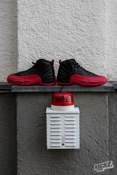 """nike air force 1 noir et blanche - The Air Jordan 17+ Retro """"Bulls"""" combines two eras. It's the shoe ..."""