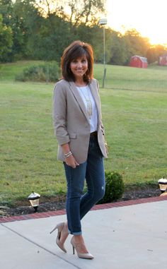 Blazer with boyfriend jeans and nude pumps.