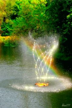 Fountain Moving GIF | Decent Image Scraps: Animated Fountain