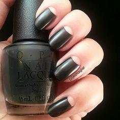 Sharp half moon manicure with fiffty shades of grey polish Opi Dark side of the mood #veckansopi