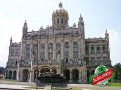 CERVEZA PALMA CRISTAL TE DICE ¿Qué es el museo de la Revolución? Es un edificio, ubicado en La Habana, que reúne material y colecciones relativos a la revolución cubana. Se creó el 12 de diciembre de 1959 por decreto del Ministerio de las Fuerzas Armadas Revolucionarias y  firmado por el entonces Ministro de las FAR y el actual Presidente de Cuba, Raúl Castro. Un lugar importante para conocer un poco más de la historia de Cuba. www.cervezasdecuba.com