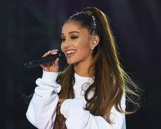Ariana Grande's 'Thank U, Next' Album Set For Second Week At No. 1 Plus: Florida Georgia Line and Drake aiming for top 10 bows. Ariana Grande's Thank U, Next album looks to stay put at No. 1 on the Billboard 200 c. Ariana Grande Fotos, Ariana Grande Tattoo, Ariana Grande Makeup, Ariana Grande Smiling, Ariana Grande Ponytail, Ariana Grande Wallpaper, Dangerous Woman, Beautiful Celebrities, Hair Beauty
