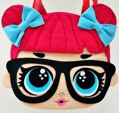 Felt dolls lol- Bonecas lol com molde em feltro Felt Mold Lol Dolls – How To - Foam Crafts, Diy And Crafts, Crafts For Kids, Arts And Crafts, Doll Party, Baby Supplies, Lol Dolls, Felt Toys, Kids Bags
