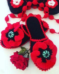 Какая красота – в таких шлёпках ножкам будет тепло и комфортно – Полезные советы хозяйкам Crochet Shoes Pattern, Crochet Slippers, Crochet Patterns, Crochet Quilt, Easy Crochet, Crochet Toys, Crochet Flower Tutorial, Crochet Flowers, Knitting For Kids