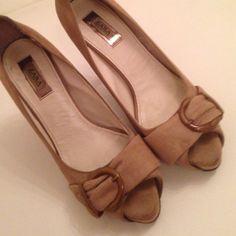 Zara hills still in very good shape Very cute Zara Shoes Heels