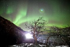Christian Mülhauser captured these amazing pictures of the Aurora Borealis in Norway during the last week of January 2012 & made a really beautiful timelapse of the Northern lights.