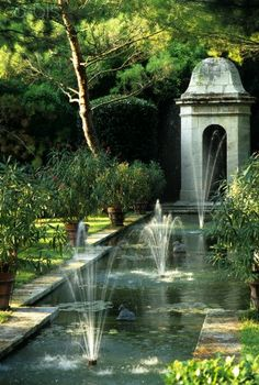 Garden & Fountain & Pond - Provencal Style