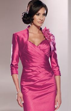 A very attractive two-piece shantung suit by Mon Cheri