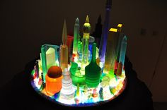 "Mike Kelley, ""Extracurricular Activity Projective Reconstruction #34 Kandor 12 / Extracurricular Activity Projective Reconstruction #35""@ Gagosian Gallery, Beverly Hills (détails de l'installation)"
