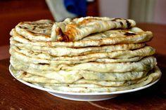 placinta codreneasca Romania Food, Baking Bad, Great Recipes, Favorite Recipes, Food Wishes, Good Food, Yummy Food, Pastry And Bakery, Tapas