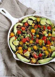 One pot wonder - lettvint gryterett - Mat På Bordet Mexican Salads, One Pot Wonders, Tex Mex, Kung Pao Chicken, Cobb Salad, Keto, Lchf, Beans, Ethnic Recipes