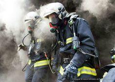 FEATURED POST @pompiers_de_paris - BSPP Chaque jour une sélection des plus belles photos de cette unité d'élite la Brigade de Sapeurs-Pompiers de Paris. Lorsque vous souhaitez reposter mes photos sur Instagram (indiquées avec H. C) merci de mentionner @pompiers_de_paris dans votre description ! S'il s'agit d'une photo de la BSPP mentionnez leur compte officiel. ___Want to be featured? _____ Use #chiefmiller in your post ... http://ift.tt/2aftxS9 . CHECK OUT! Facebook- chiefmiller1 Periscope…