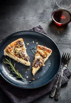 mushroom gruyère quiche. recipe featured in lend me your eyes #23. sign up for interesting news stories and recipes delivered to your inbox weekly at http://tinyletter.com/lendmeyoureyes