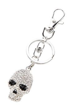 The Silver Eye's Skull Keychain by *MKL Accessories