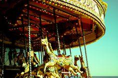 Dando vueltas, intentando pensar Carousel, Fair Grounds, Travel, Thinking Of You, Fotografia, Viajes, Traveling, Carousels, Trips