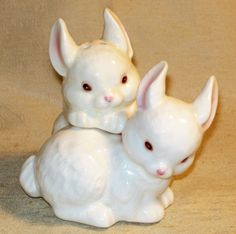 Enesco Ceramic Bunny Rabbit Salt Pepper Shakers | eBay