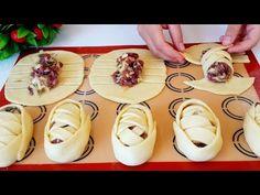 САМСА C ВОСТОЧНЫМ КОЛОРИТОМ / Вкуснейшая Самса / Маззали Сомсалар. - YouTube Bread Recipes, Cooking Recipes, Canapes, Antipasto, Dessert Recipes, Desserts, Empanadas, Bread Baking, Food And Drink