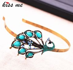 Fashiopn Accessories Vintage Peacock Hair Bands Oh just take a look at this! Visit us Vintage Accessories, Fashion Accessories, Fashion Jewelry, Women Jewelry, Diva Fashion, Trendy Fashion, Fashion Beauty, All About Fashion, Passion For Fashion