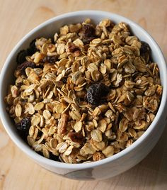 applesauce granola - delicious, and good for you!