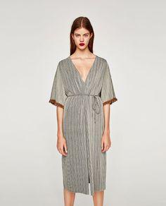 e320fc1daa ZARA - WOMAN - DRESS WITH FRINGE ON THE SLEEVES Zara Women, Zara New,