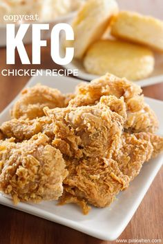 This copycat KFC chicken recipe is one of the best recipes I have found! This copycat KFC chicken recipe is one of the best recipes I have found! Crispy Oven Fries, Crispy Oven Fried Chicken, Fries In The Oven, Pressure Cooker Fried Chicken, Fried Chicken Recipe No Buttermilk, Homemade Fried Chicken, Fried Chicken Recipes, Kentucky Fried Chicken Recipe Baked, Healthy Chicken