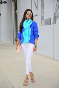 Bright colors with white denim. LOVE!