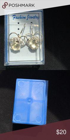 Sale💕 Fashion faux diamond earrings heart Too cute Jewelry Earrings
