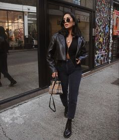 on the go outfits Winter Fashion Outfits, Look Fashion, Autumn Winter Fashion, Winter Outfits, Womens Fashion, Spring Fashion, High Fashion, Looks Street Style, Looks Style