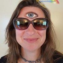 Schminken is niet alleen voor kinderen. Sunglasses Women, Make Up, The Incredibles, Face, Style, Blog, Ideas, Fashion, Planets